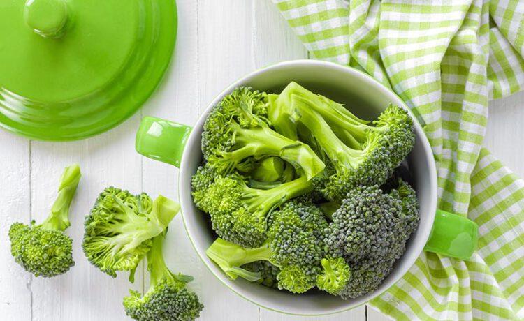 ผลในทางที่ดีต่อสภาพร่างกายของผักสีเขียวเข้ม